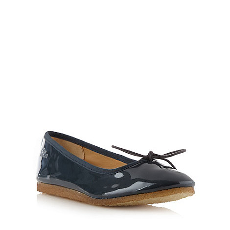 Clarks - Dark blue patent leather +Lia Jive+ pumps