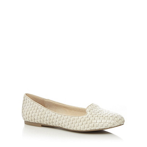 Call It Spring - White +Lezzara+ weave pumps