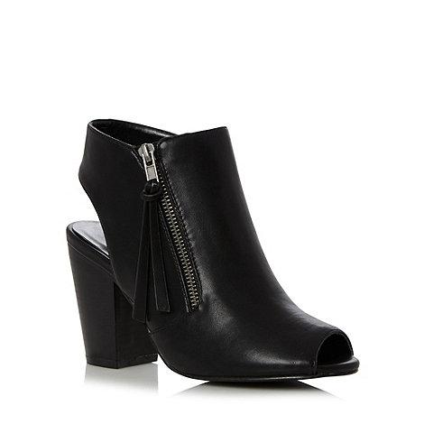 Call It Spring - Black +Unuvia+ vamp heeled peep toe shoes
