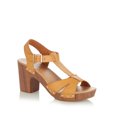 Call It Spring - Tan 'Lorenzago' high block heel sandals