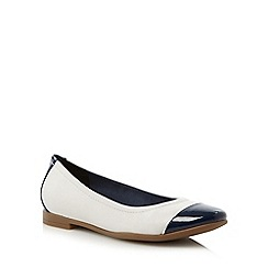 Clarks - White 'Atomic Haze' pumps