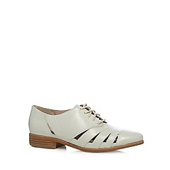 Clarks - White 'Hotel Image' cutout shoes
