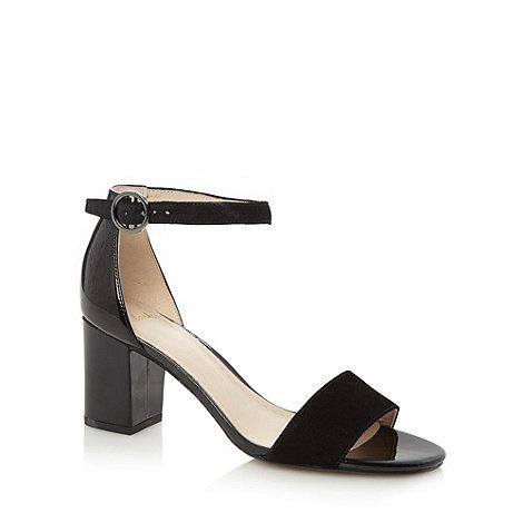 Clarks - Black +Susie Deva+ mid sandals