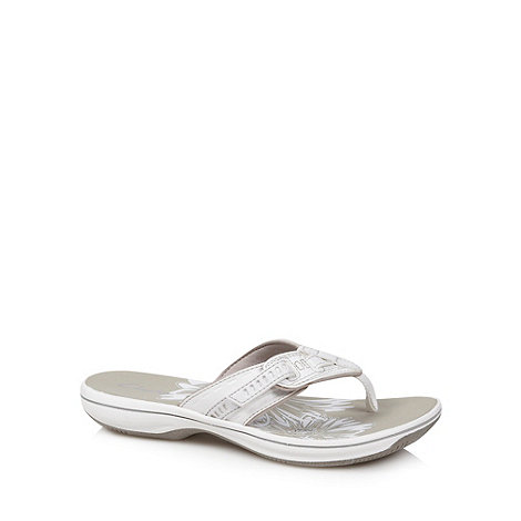 Clarks - White +Breeze Sky+ flip flops