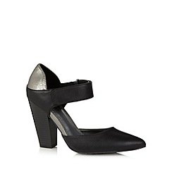 Call It Spring - Black 'Curiglia' block heel court shoes
