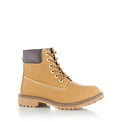 Call It Spring - Light tan 'Grywia' lace up boots