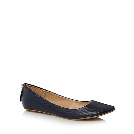 Call It Spring - Navy +Chaella+ zip detail pumps