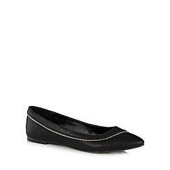 Call It Spring - Black 'Dalegna' zip trim pumps
