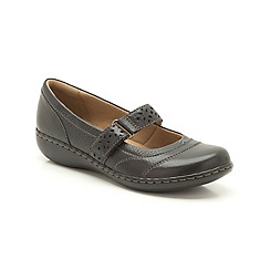 Clarks - Black leather 'Embrace Lux' flat bar shoe