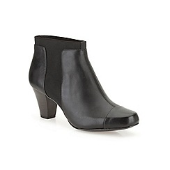 Clarks - Black leather 'Lodge Gates' mid heeled ankle boot