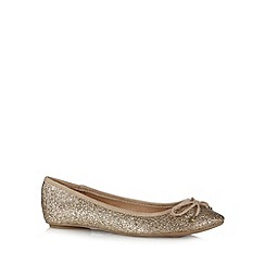 Call It Spring - Gold 'Akehurst' glitter pumps