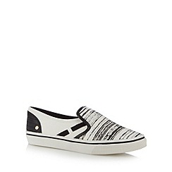Call It Spring - White 'Fiewen' slip ons