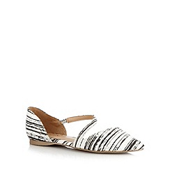 Call It Spring - White 'Treggio' striped reptile pumps