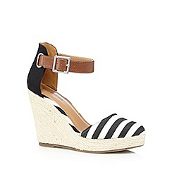 Call It Spring - Black 'Zelini' straw wedge high sandals