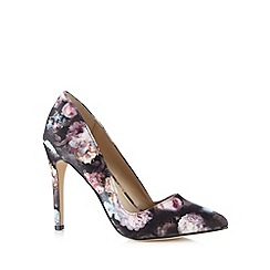 Call It Spring - Black 'Molara' floral high court shoes