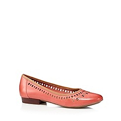 Clarks - Coral 'Henderson Hot' leather pumps