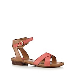 Clarks - Coral 'Vivec Zeal' leather sandals