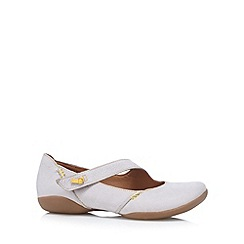 Clarks - Light grey 'Felicia' leather shoes