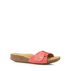 Clarks - Coral 'Perri Reef' leather flip flops
