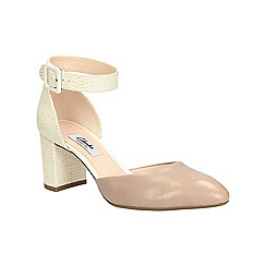 Clarks - Shingle combi Blissful Charm Mid heeled ankle strap shoe