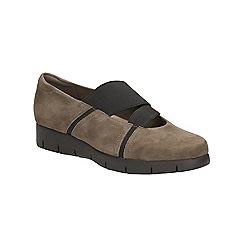 Clarks - Mushroom Daelyn Villa slip on flat form shoe