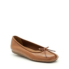 Clarks - Dark Tan leather Freckle Ice flat pump