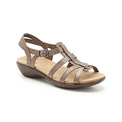 Clarks - Silver leather Roza Jaida low heeled strappy sandal
