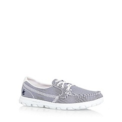 Skechers - Navy 'On The Go- Sail' pumps