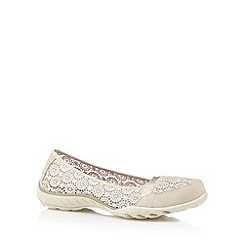 Skechers - Natural 'Active- Breathe Easy' memory foam pumps