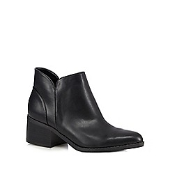 Call It Spring - Black 'Adraun' mid heeled ankle boots