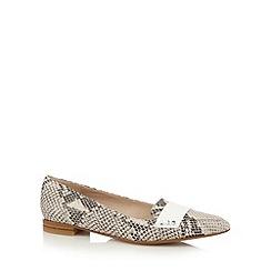 Clarks - Cream 'Gino Fudge' mock snake leather flat shoes