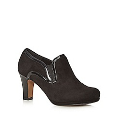 Clarks - Black 'Chorus Rhyme' suede mid heeled ankle boots