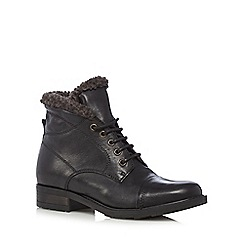 Clarks - Black 'Hayride Elm' leather mid heeled ankle boots