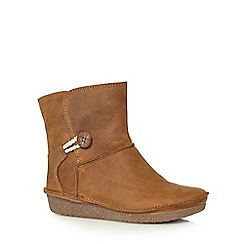 Clarks - Tan 'Lima Caprice' suede ankle boots
