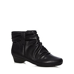 Clarks - Black 'Matron Ella' leather slouchy ankle boots