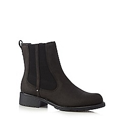 Clarks - Black leather chelsea boots