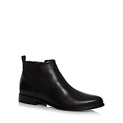 Clarks - Black 'Bizzy Beat' leather Chelsea boots