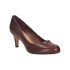 Clarks - Burgundy leather arista abe heeled court shoe