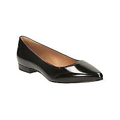 Clarks - Black leather corabeth abby pointed toe pump