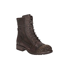 Clarks - Brown leather 'moscow dime' lace up ankle boot with encrusted toe cap