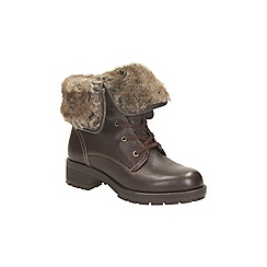 Clarks - Dark brown combi 'reunite up gtx' lace up ankle boot with fur trim
