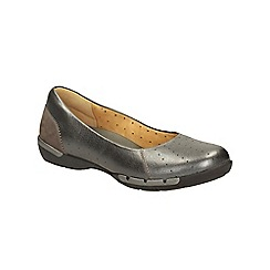 Clarks - Pewter metallic un hearth slip on pump