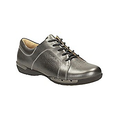 Clarks - Pewter metallic un honey lace up shoe