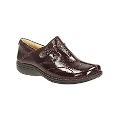 Clarks - Burgundy patent un loop slip on covered shoe