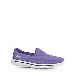 Skechers - Plum 'Go Walk 2' trainers