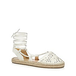 Call It Spring - White 'Aleawen' sandals