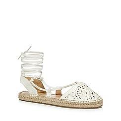 Call It Spring - White 'Aleawen' sandals