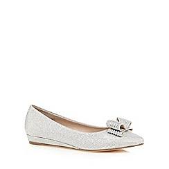 Call It Spring - Silver glitter 'Dronia' slip-on shoes