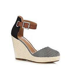 Call It Spring - Black 'Zelini' high wedge sandals