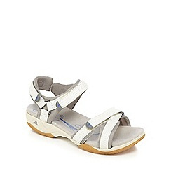 Clarks - White 'Isna Pebble' sandals